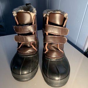 Gap snow boots
